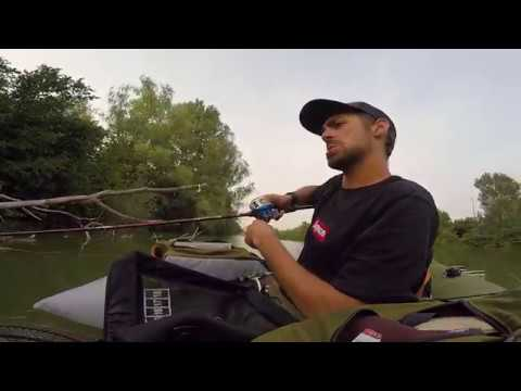 Belly Boat Fishing ! ! ! Spinning al Black Bass. (GOPRO HD)