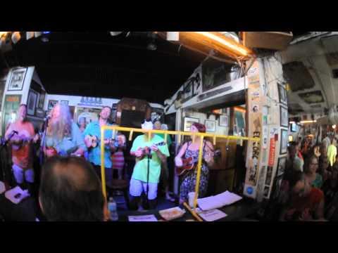 "Steve Clark plays ""I kinda Like Stock Island"" at Green Parrot 3/27/13"