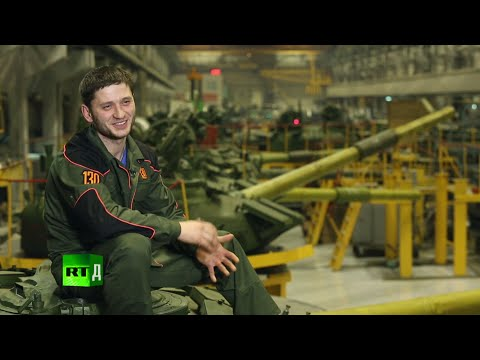 Tanks Born in Russia (E8) Tank's trial engine run & a perfect job for a man