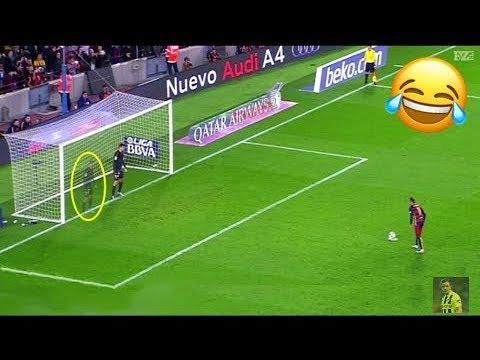 Momenti Troppo DIVERTENTI Del Calcio 2017    Humorous Moments, Gol, Autogol, Fail