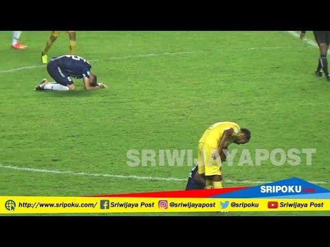 Begini Ekspresi Pelatih PSIS Semarang Usai Digilas Sriwijaya FC 4 - 0 Tanpa Balas