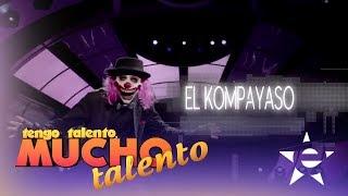 EL KOMPA YASO CANTA SU CORRIDO EN VIVO - Tengo Talento Mucho Talento