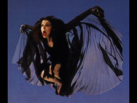 KATE BUSH  WUTHERING HEIGHTS Rare Gothic Performance
