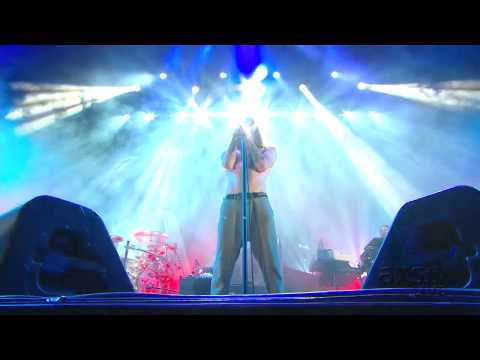 Incubus - A Kiss To Send Us Off Live @ Home Depot Center (Hond Civic Tour)