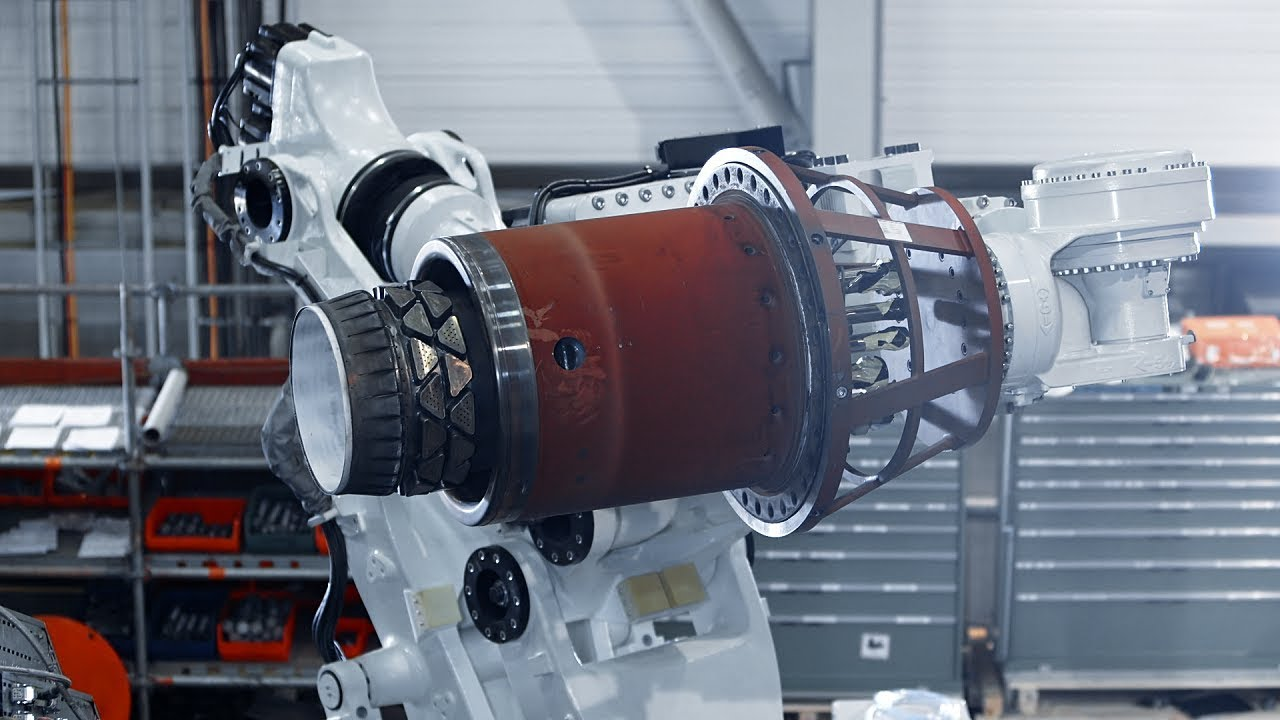 World's first use of a robot to replace gas turbine burners