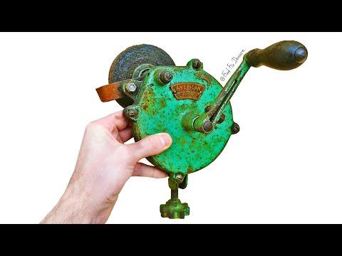 American Hand Cranked Grinder Restoration - Complete Restoration