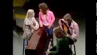 ABBA - PEOPLE NEED LOVE (VI I FEMMAN, SVT)