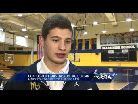 WPIAL football star turns down scholarship offers, citing concussion concerns