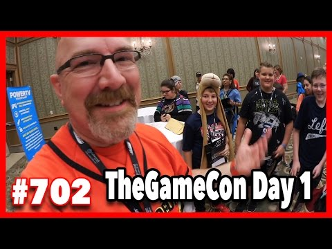 Texas Flood, Autograph Time, TheGameCon WalkAbout, Fuddruckers, Live Food Review - Ken's Vlog #702