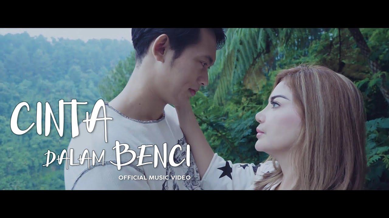 Irma Darmawangsa - Cinta Dalam Benci ft. Irfan Sebaztian (Official Music Video)