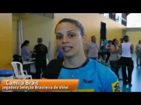 Camila Brait, libero da seleção brasileira de volei, revela ser maltratada pela ídolo Fabi