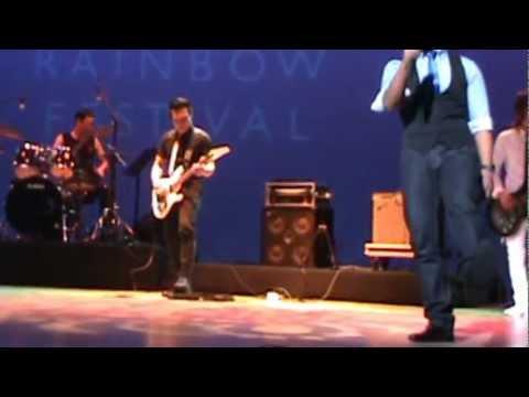 beraksi (cover)evolution band