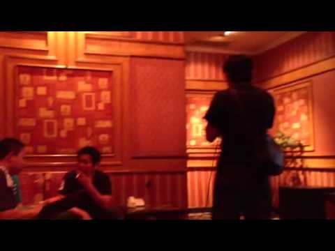 Karaoke Di Jakarta - Tegar
