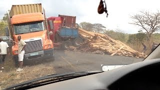 Fire In Africa - Horrible Three Trucks Crash, Near The Border Of Malawi & Mocambique