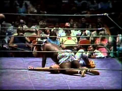 Jerry Lawler vs Kamala