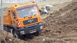 Wow - Good Driver !!! RC Truck 6x6 getting stuck in the mud - Big RC Fun!