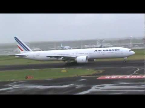 Boeing 777-300ER Air France landed in Guadeloupe [F-GSQS]