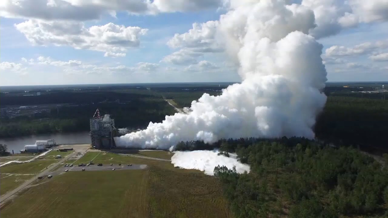 NASA Tests RS-25 Flight Engine for Space Launch System – 2017-10-19