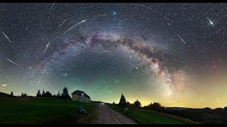 видео Земля попала в метеорный поток Персеиды. Как правильно смотреть и снимать звездопад
