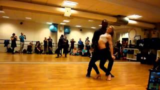 Видео: Leo and Becky Neves Zouk Demo Uppsala/Sweden 2014