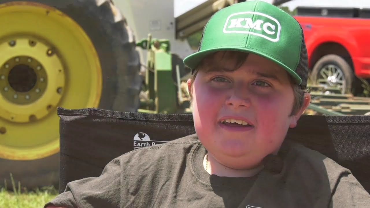 Download Eleven-Year Old Farming Despite Rare Genetic Disorder