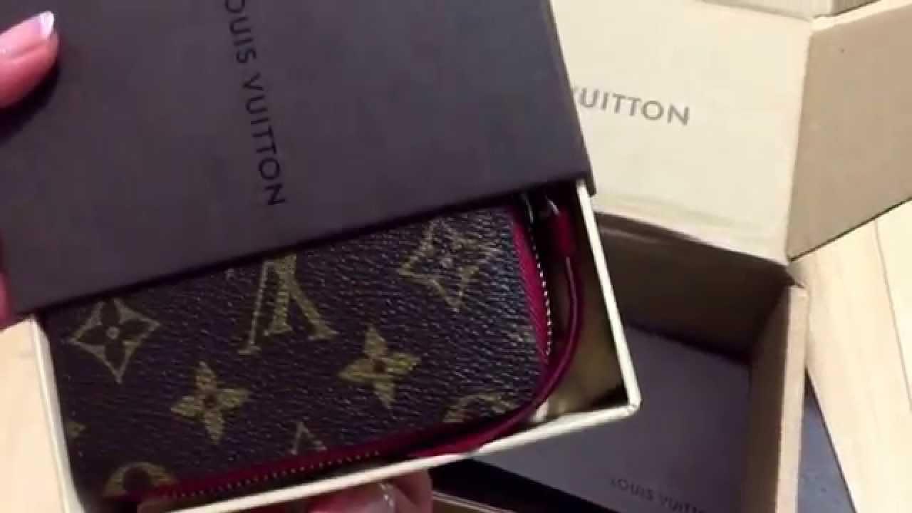 533cb4650b50 Louis Vuitton zippy multicartes in fuchsia . My first zippy card purse . -  YouTube