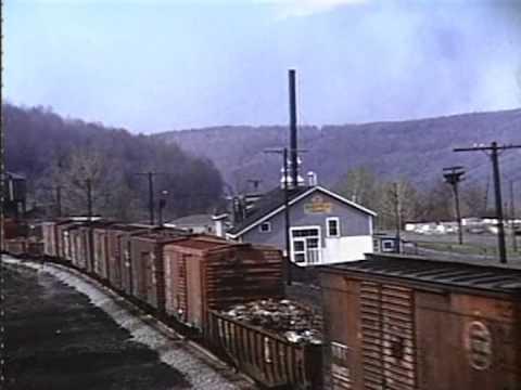 RW-4 at Starrucca, PA, Spring 1952 (clip courtesy of Mark I)