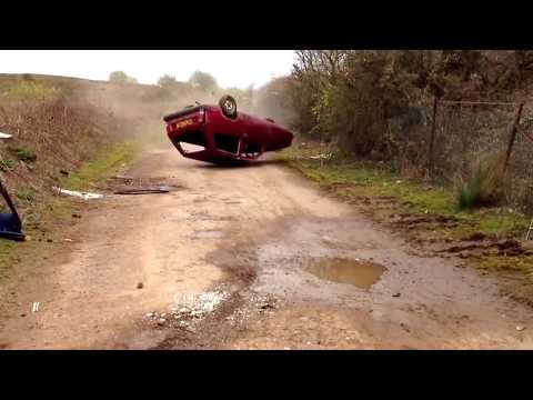 Reliant Robin Roll Over