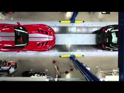 Video  Quá trình lắp ráp siêu xe Dodge SRT Viper