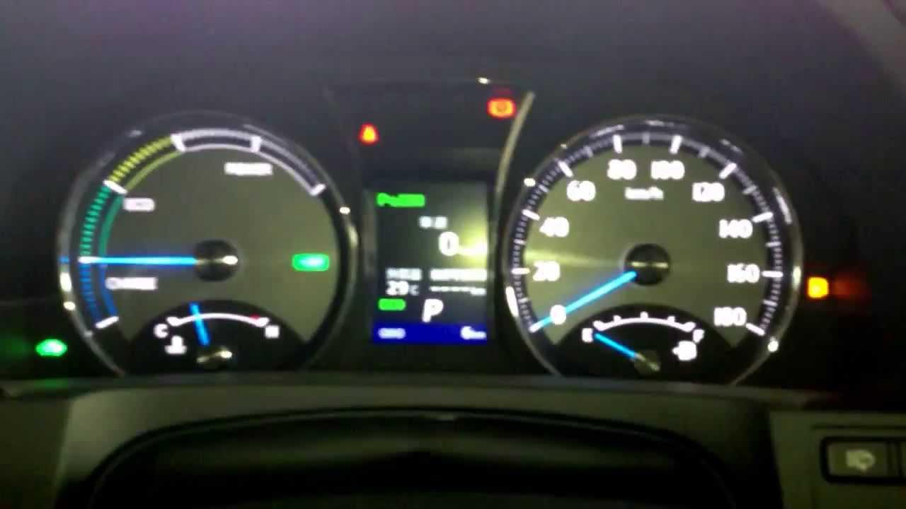 最新車 Toyota 新型クラウンマジェスタ Hybrid誕生! オプティトロンメーター Amp ナビを撮ってみました