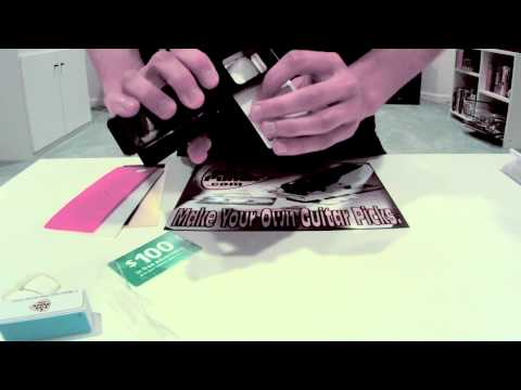make-your-own-guitar-picks-with-the-original-pick-punch