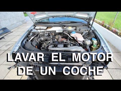 C mo limpiar el motor del coche doovi for Como lavar el motor de un carro