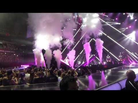 Katy Perry - Roar (Sydney 2014, All Phones Arena)