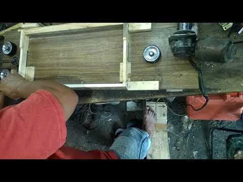 Самодельный станок для заправки проволоки в рамки для ульев