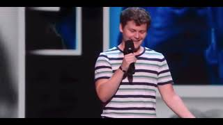 Drew Lynch comedian