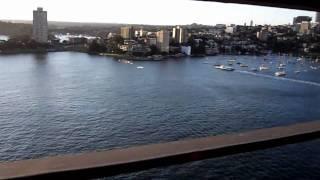 Sydney By Bike: Crossing The Sydney Harbour Bridge [hd]