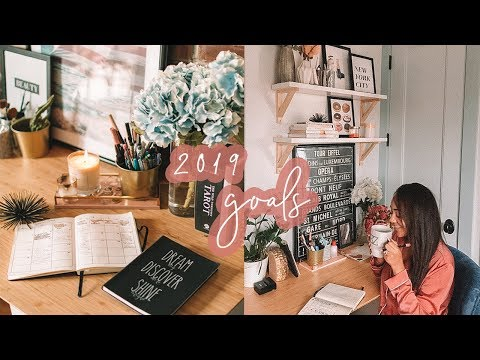 How To REACH YOUR GOALS IN 2019 + Best Apps & BULLET JOURNAL | Antonnette