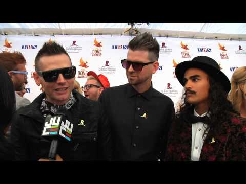 Rapture Ruckus at the Dove's Red Carpet