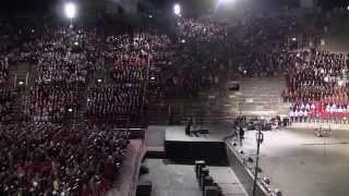 """Conto Cento , Canto Pace - """" Ta pum """" cantata da tutti i presenti in Arena ."""