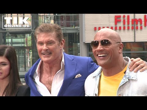 "VERY FUNNY! ""BAYWATCH"" Dwayne Johnson press conference Berlin - FULL LENGHT"