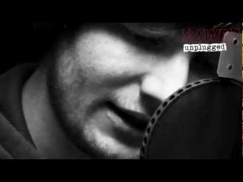 Ed Sheeran: The A Team (Official Video...