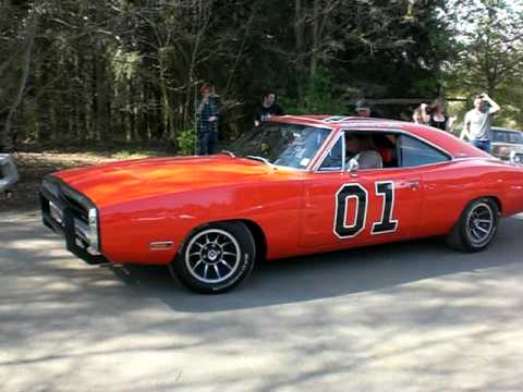 dodge charger general lee youtube. Black Bedroom Furniture Sets. Home Design Ideas