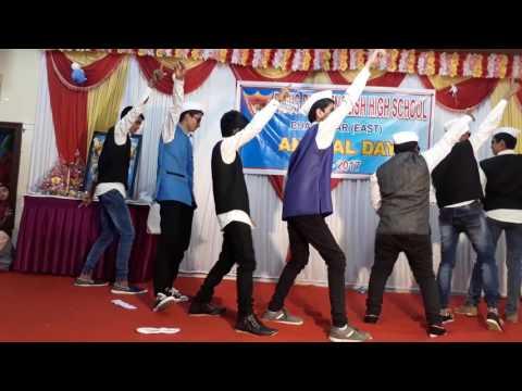 Govinda  funny  act  of  9th std  boys