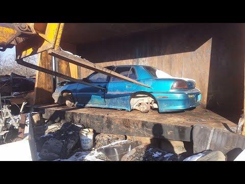 Car crusher crushing cars 55