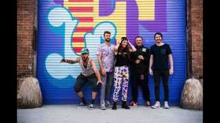 This is the ultimate struggle of being a photographer today: Misterwives Photo Story
