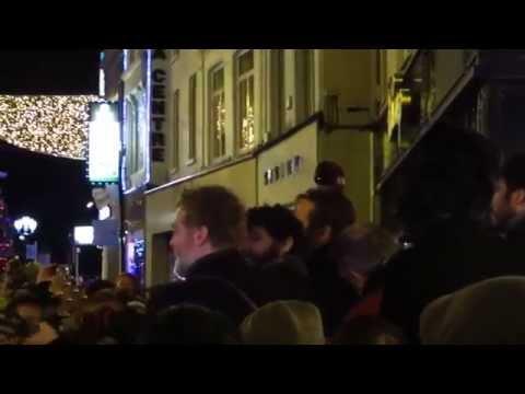 Christmas Busk, Dublin 24/12/14 Glen Hansard & friends inc Paddy Casey, Danny O'Reilly