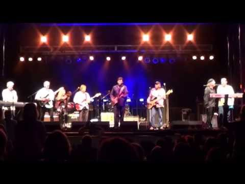 Louisiana LaRoux with Tab Benoit @ VOW festival :SHELTER ME