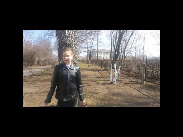 Изображение предпросмотра прочтения – ЯнаБорисова читает произведение «Еще дуют холодные ветры...» А.С.Пушкина