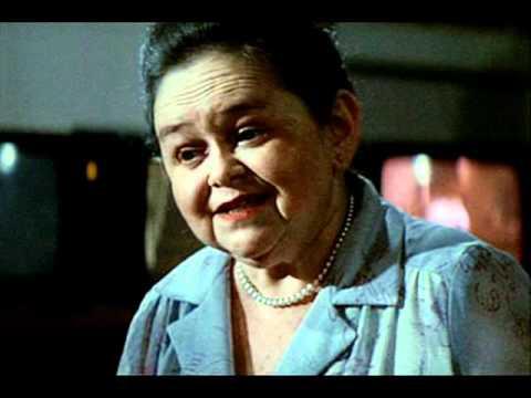 Zelda Rubinstein Poltergeist Quotes This house is clean - ...