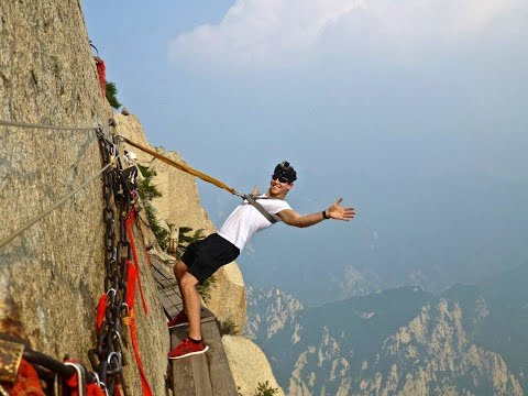 #1-deadliest-hike-in-the-world-mount-huashan,-china